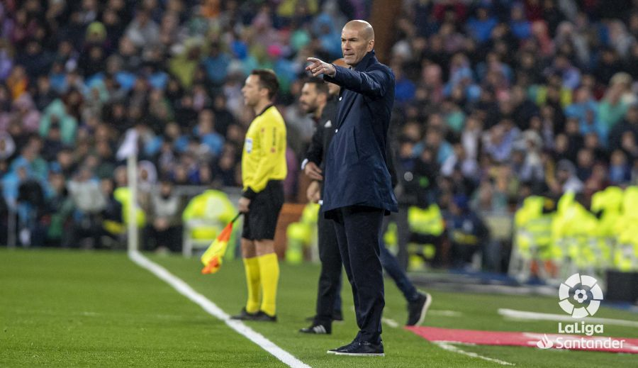 صور مباراة : ريال مدريد - برشلونة 2-0 ( 01-03-2020 )  0797a20ae49941d71ca32206d2d41661