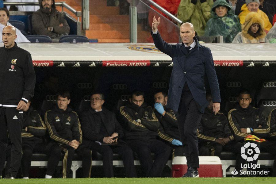 صور مباراة : ريال مدريد - برشلونة 2-0 ( 01-03-2020 )  1194ea01e6fd4438d3bc4d93fb39611e