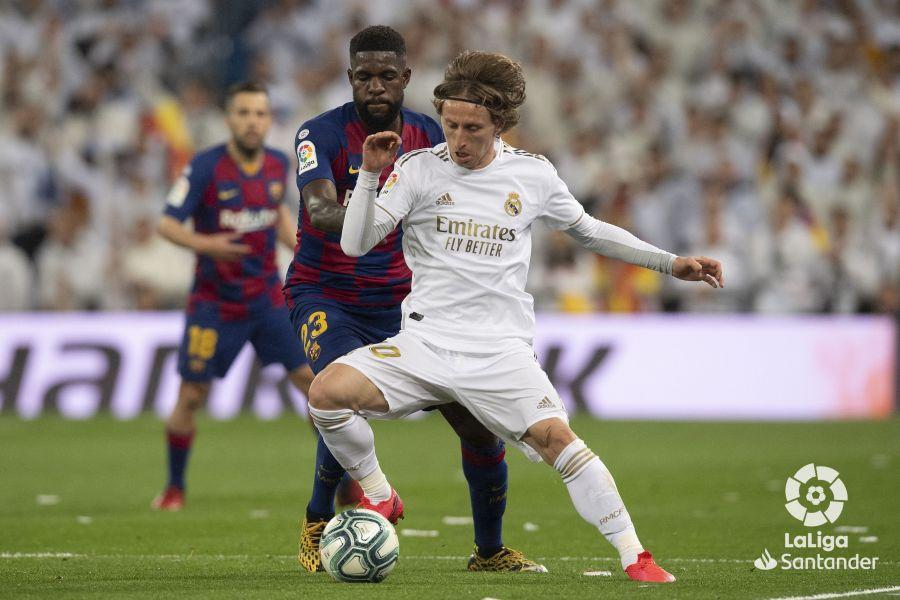 صور مباراة : ريال مدريد - برشلونة 2-0 ( 01-03-2020 )  130a4c1cf6ba7864f671c1200191d927