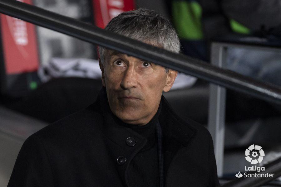 صور مباراة : ريال مدريد - برشلونة 2-0 ( 01-03-2020 )  78c1aa410e078112dc58aa516c3c8519