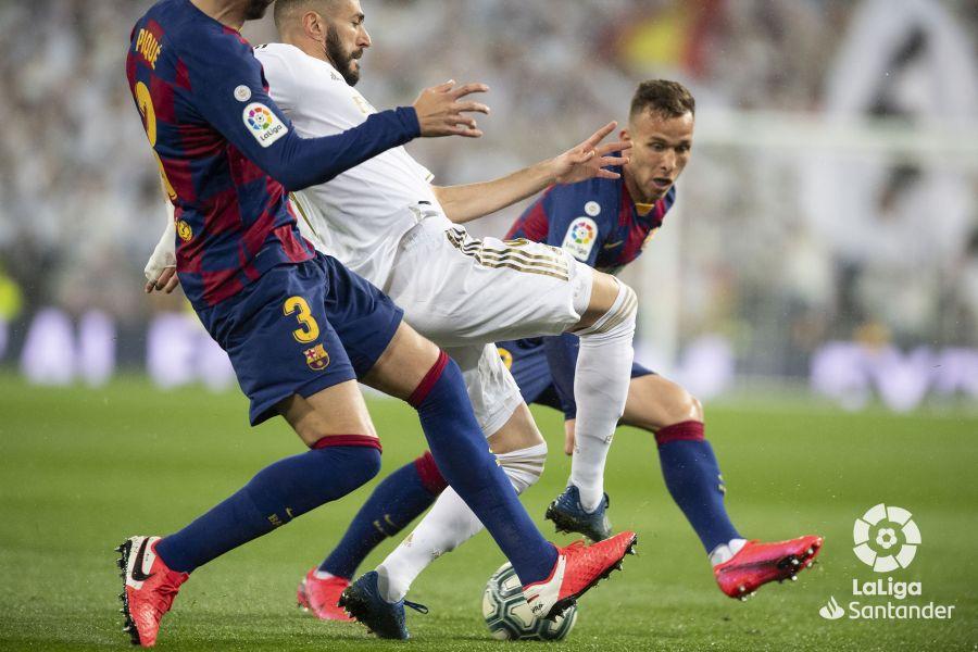صور مباراة : ريال مدريد - برشلونة 2-0 ( 01-03-2020 )  879db51535d3a7444423c6ba6420a0f9