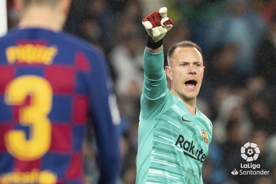 صور مباراة : ريال مدريد - برشلونة 2-0 ( 01-03-2020 )  9e91a352192a51708c218d6e7dfbf42e