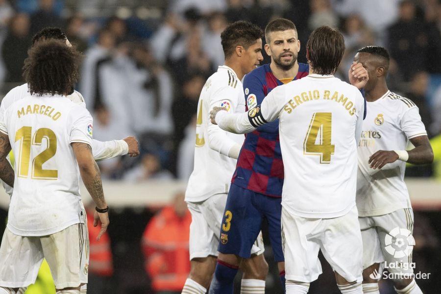 صور مباراة : ريال مدريد - برشلونة 2-0 ( 01-03-2020 )  9f1a68409cd33048aa759594544be53b