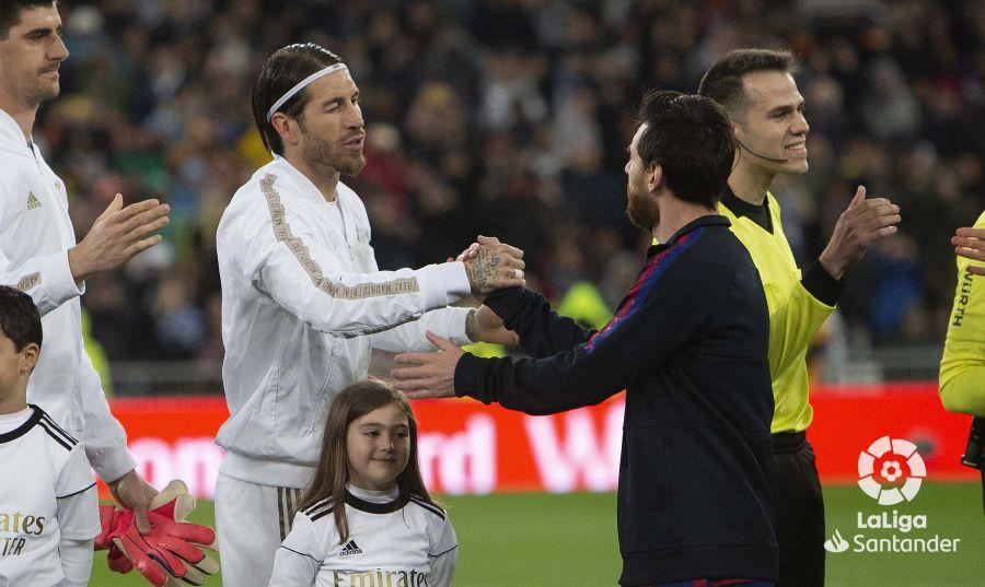 صور مباراة : ريال مدريد - برشلونة 2-0 ( 01-03-2020 )  A69dc37e155744270c045fb8300eda19