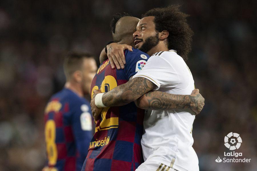 صور مباراة : ريال مدريد - برشلونة 2-0 ( 01-03-2020 )  Ae88d709781e82e72ebc8506b8853e77