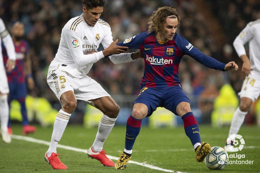 صور مباراة : ريال مدريد - برشلونة 2-0 ( 01-03-2020 )  B3a729c1b27887b36117d0f02839342a