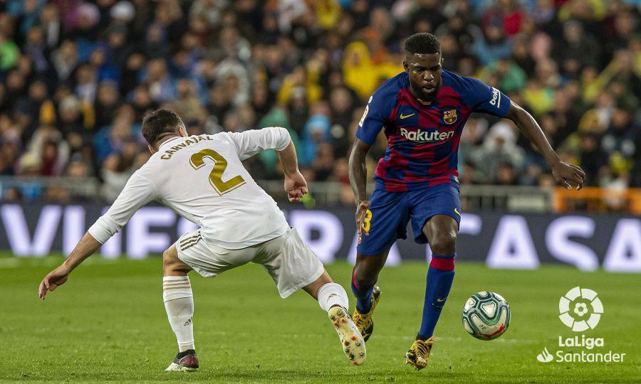 صور مباراة : ريال مدريد - برشلونة 2-0 ( 01-03-2020 )  C2eb7c05a6624bf7d2f0a07256881795