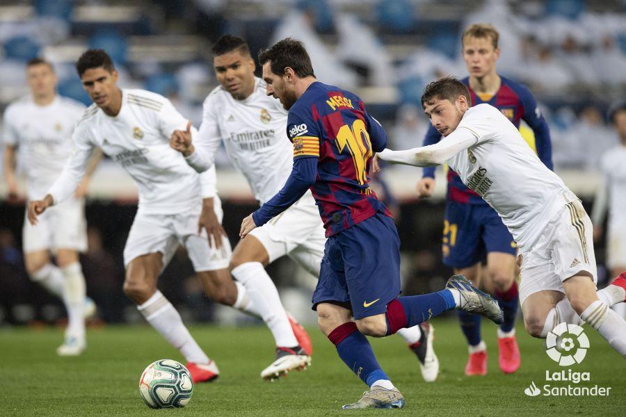 صور مباراة : ريال مدريد - برشلونة 2-0 ( 01-03-2020 )  Dd238774e4b684226c1a2a11b29f3f52