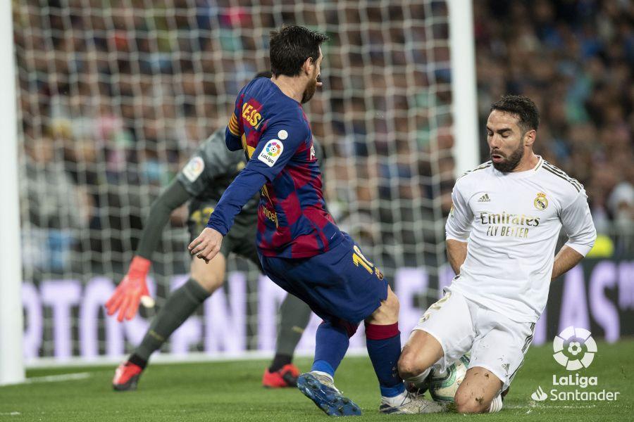 صور مباراة : ريال مدريد - برشلونة 2-0 ( 01-03-2020 )  E09d99129be06b3a39ae6f305e45c4b8