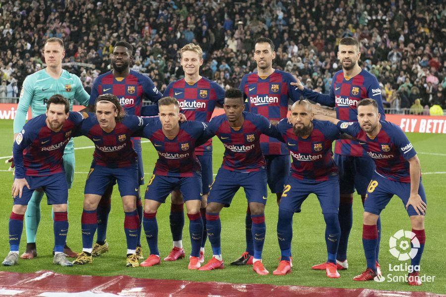 صور مباراة : ريال مدريد - برشلونة 2-0 ( 01-03-2020 )  F0d6d2f3e9768da9f6c0b161fc4d56f4