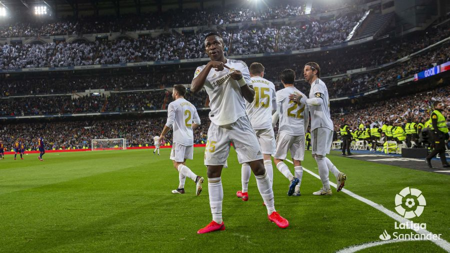 صور مباراة : ريال مدريد - برشلونة 2-0 ( 01-03-2020 )  F397f8c173181888037d10bf89912d90