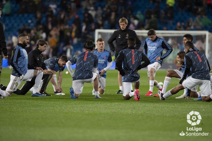 صور مباراة : ريال مدريد - برشلونة 2-0 ( 01-03-2020 )  Fbd1bef9ad1573ef892844caceb3ef1e