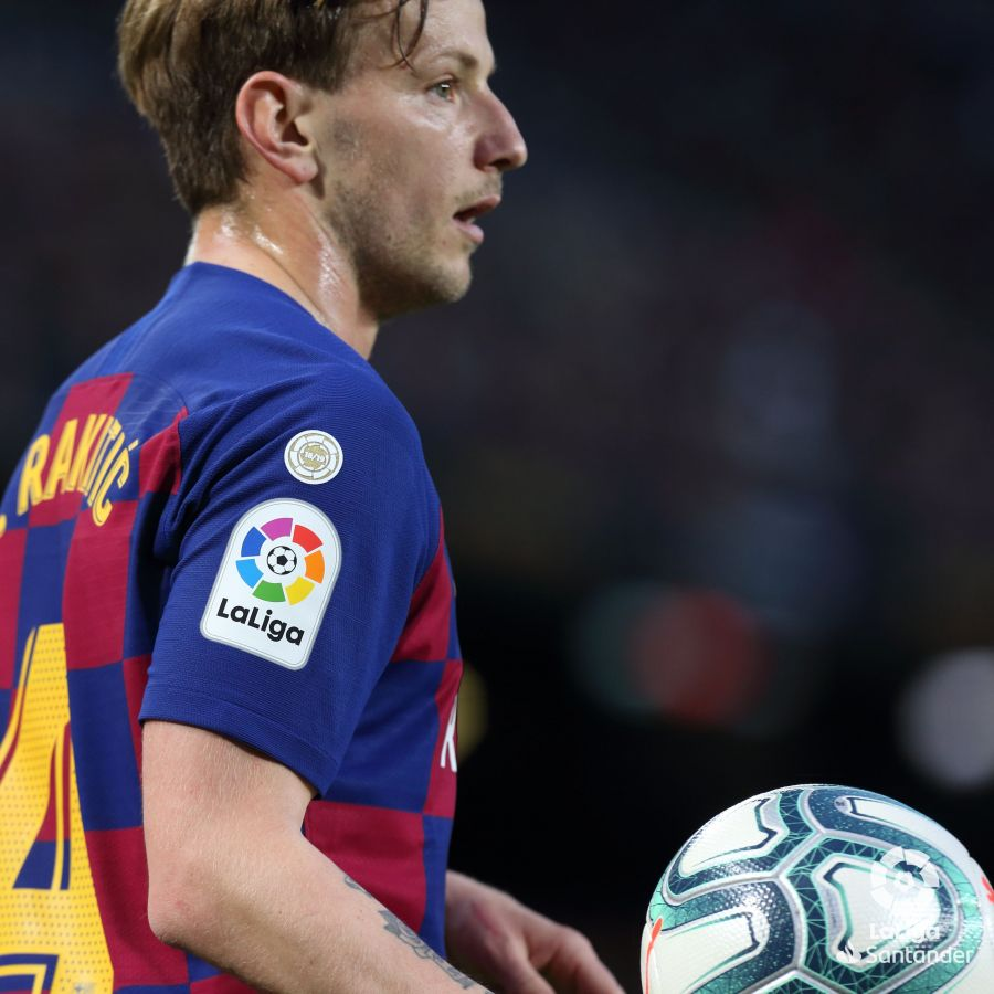 صور مباراة : برشلونة - ريال سوسيداد 1-0 ( 07-03-2020 )  00a351b22ba2fcf1dda8355a94c51a91