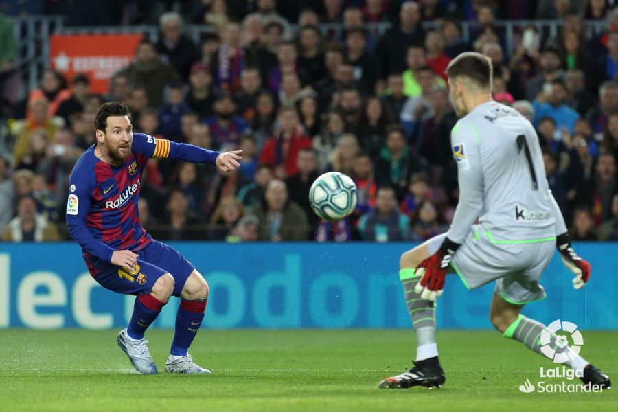 صور مباراة : برشلونة - ريال سوسيداد 1-0 ( 07-03-2020 )  Dc27da4a6eb1f3770dff2bfd2b7b777a